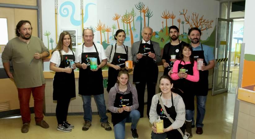 AMCA participa en pintura de murales en Pediatría del Hospital Padre Hurtado
